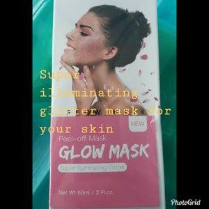 Illuminating glow mask